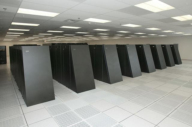 Суперкомпьютер DARPA Trial Subset (США)